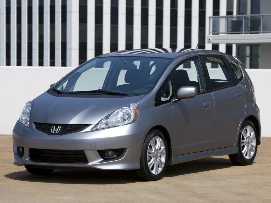 Хонда Фит 1.3, 1.5 расход топлива. Норма и реальные отзывы